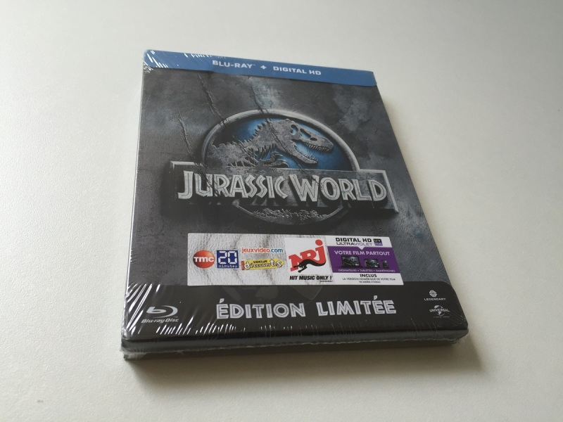 01 - Jurassic World steelbook