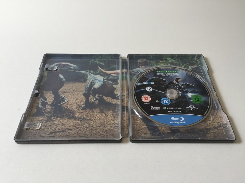 08 - Jurassic World steelbook