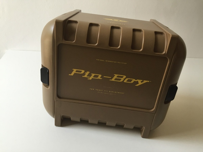 02 - Fallout 4 PipBoy