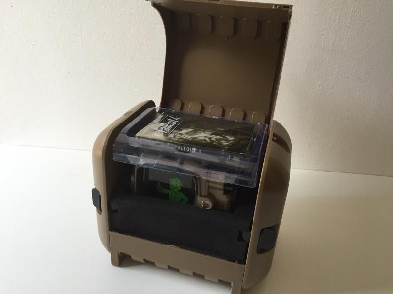 07 - Fallout 4 PipBoy