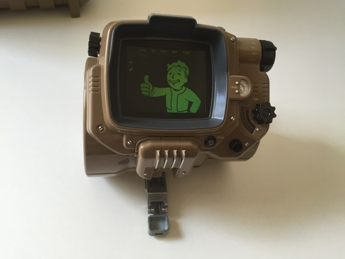 21 - Fallout 4 PipBoy