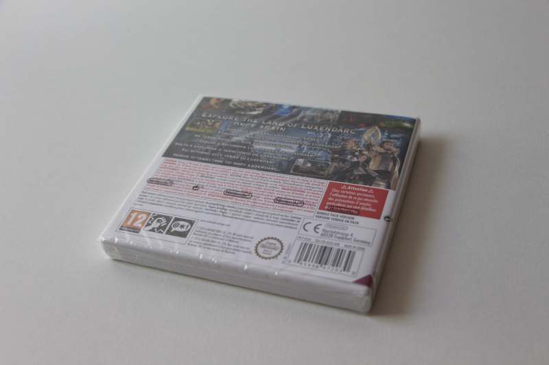 Bravely Second Editon Collector 3DS-08