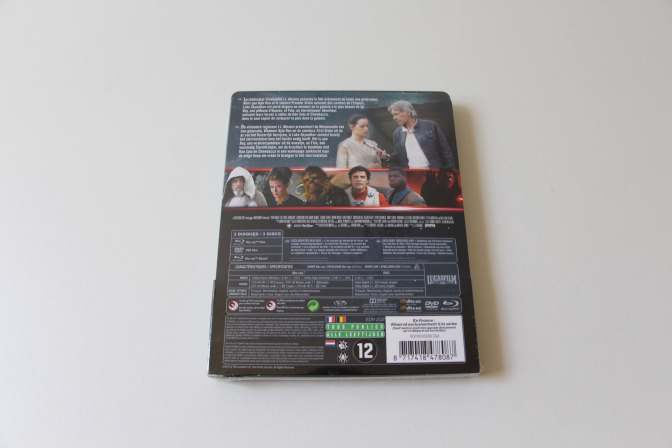 Steelbook - Star Wars VII The Force Awakens-02